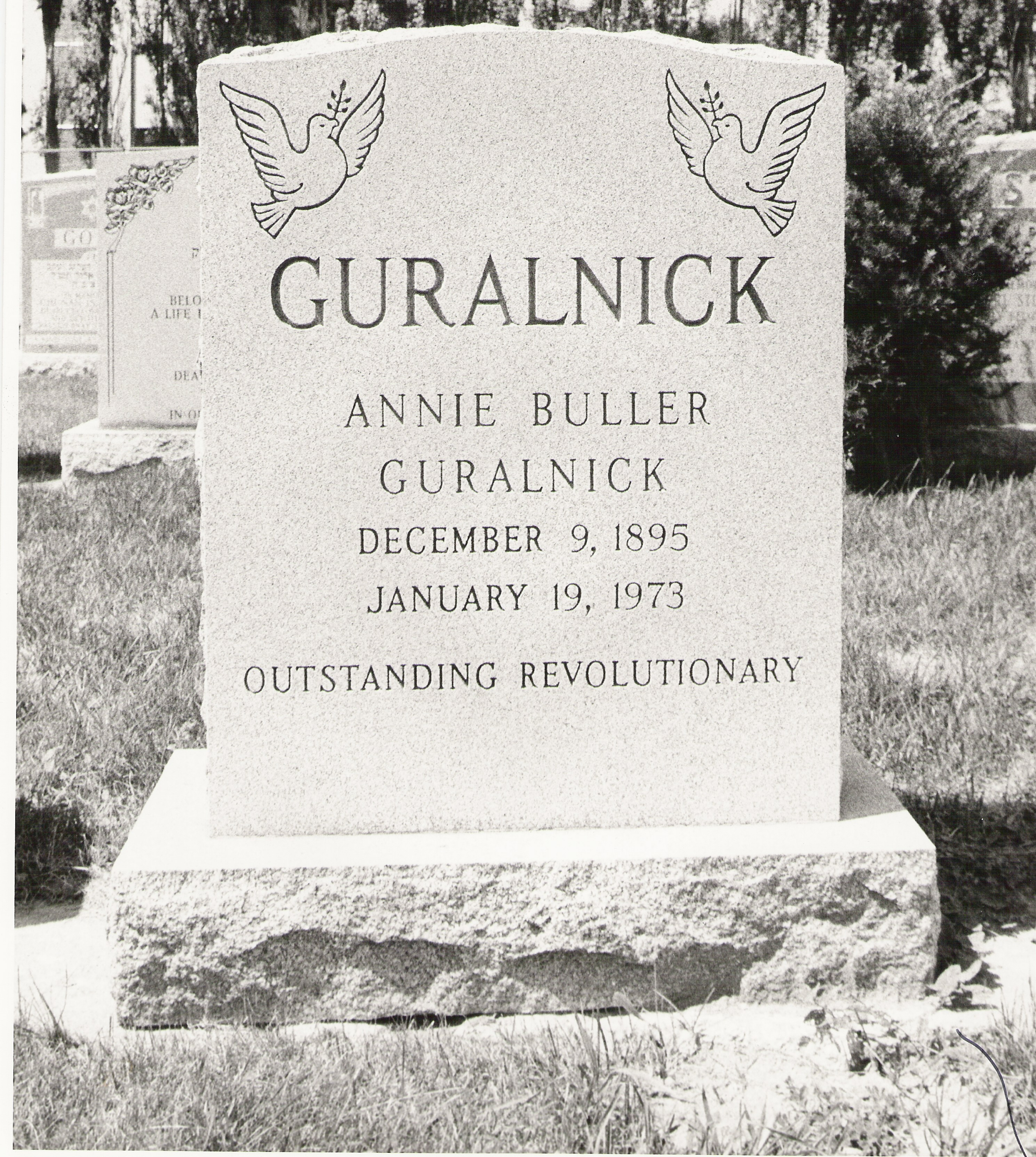 Annie Buller tombstone