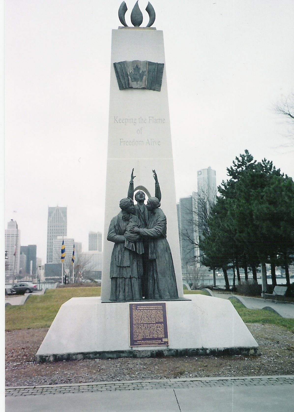 Tower_of_Freedom_monument
